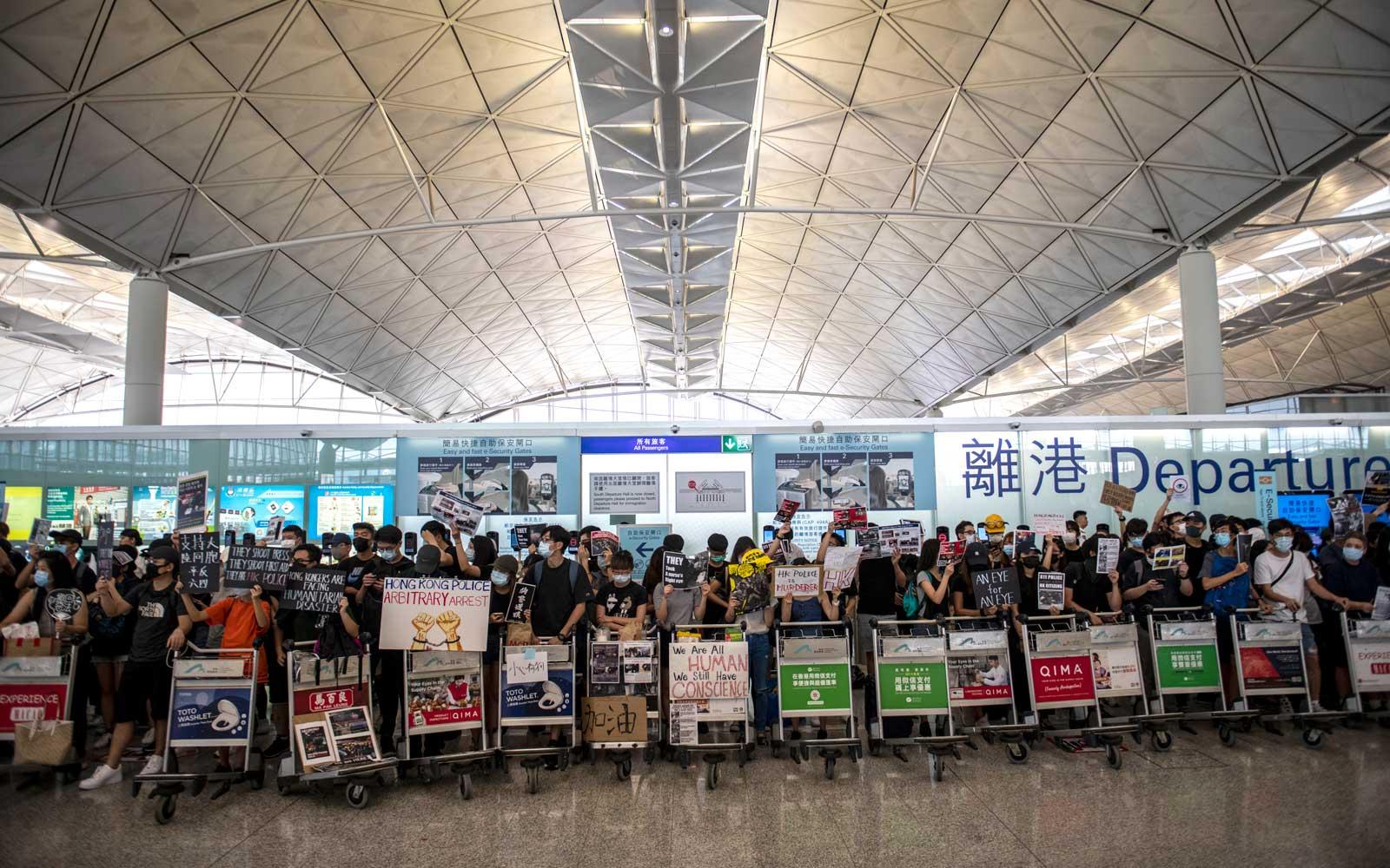 Travel Insurance for Flight Cancellations due to Coronavirus